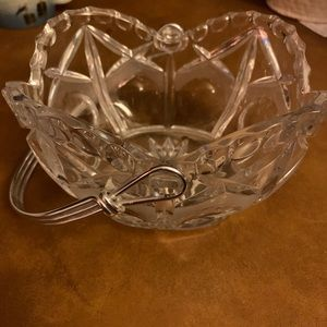 Lead crystal candy dish with removable handle